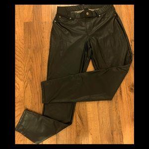 Hue pants, faux black leather M